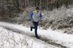 3 praktické tipy, jak si vybrat boty na běhání v zimě